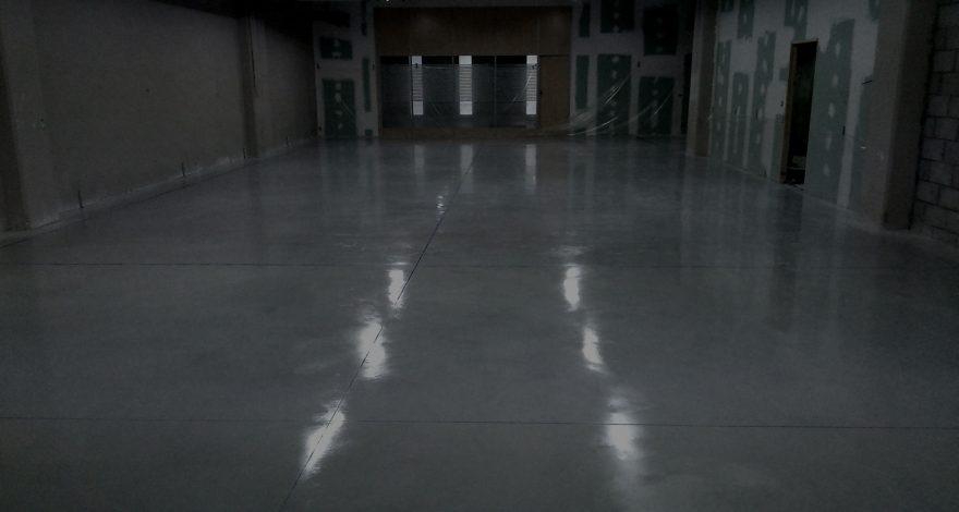 Pavimento industrial de hormigón pulido
