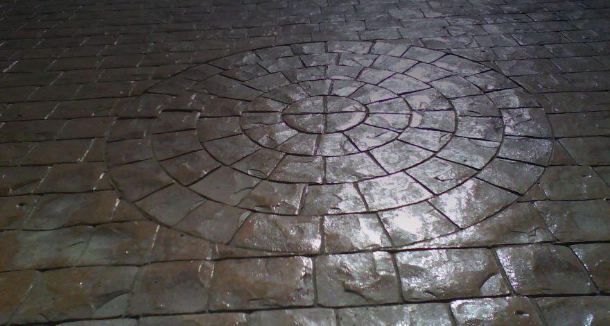 Adoquines en círculo
